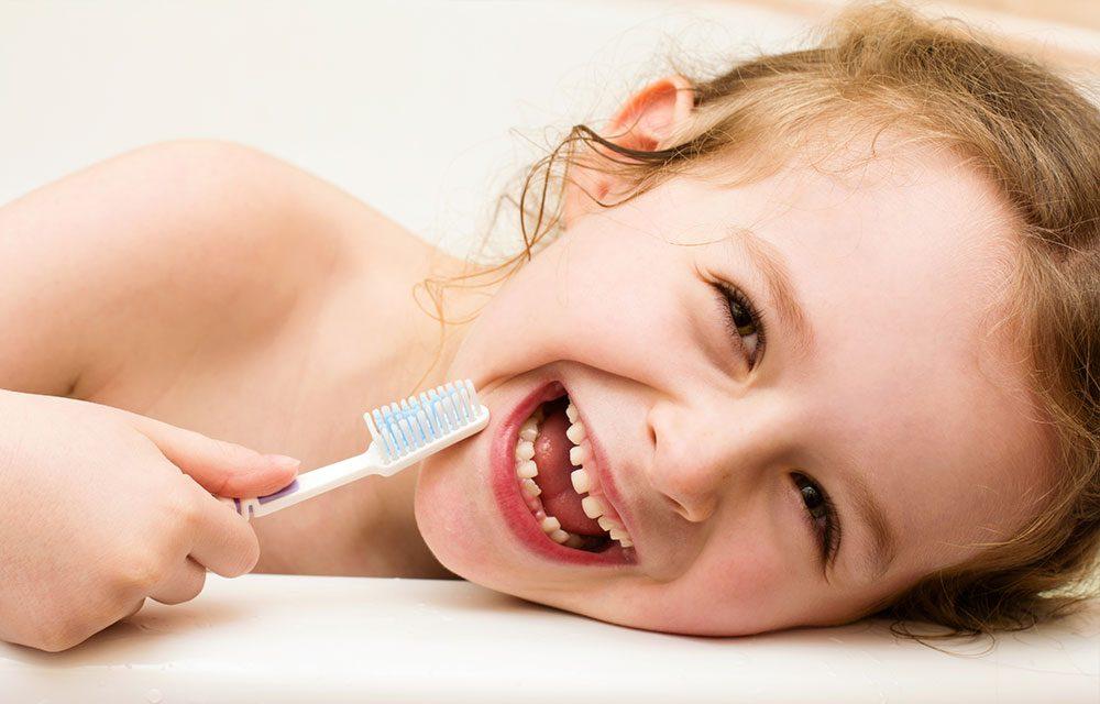 ¿Es necesario tratar las caries de dientes de leche?