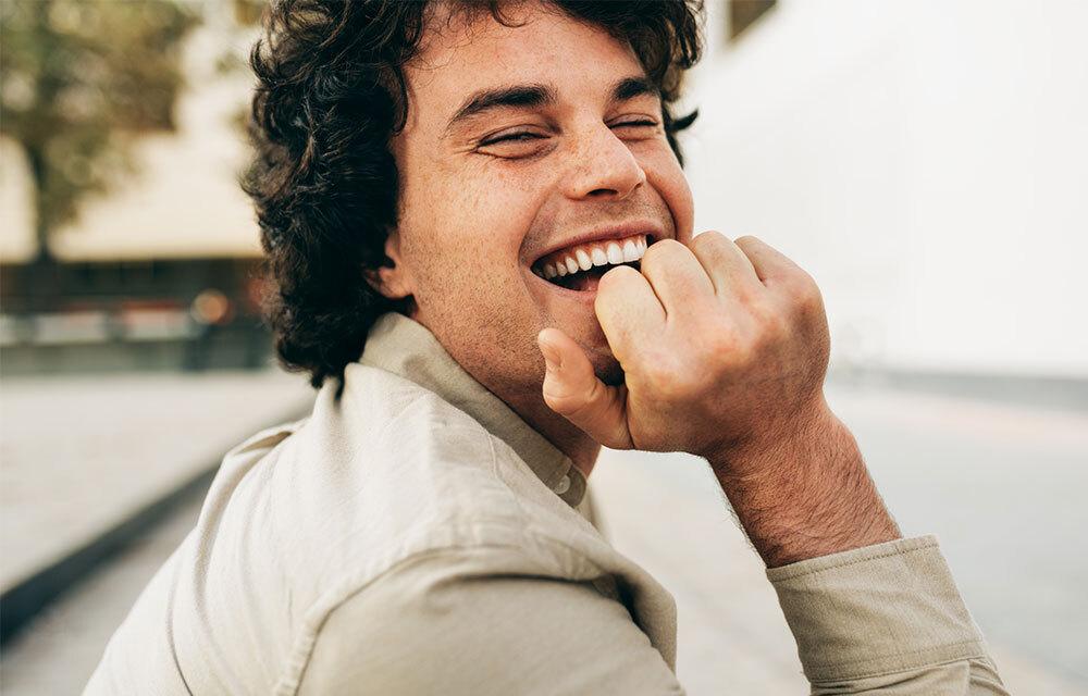 Tratamientos de estética dental para transformar tu sonrisa